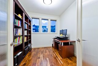 Photo 6: 4 ASPEN HILLS Place SW in Calgary: Aspen Woods Detached for sale : MLS®# A1028698