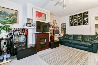 """Photo 5: 2638 ST. CATHERINES Street in Vancouver: Mount Pleasant VE 1/2 Duplex for sale in """"MOUNT PLEASANT"""" (Vancouver East)  : MLS®# R2508470"""