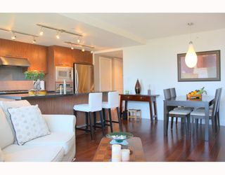 """Photo 10: 322 3228 TUPPER Street in Vancouver: Cambie Condo for sale in """"OLIVE BY CRESSY"""" (Vancouver West)  : MLS®# V786753"""