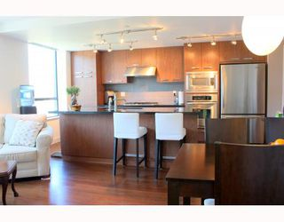 """Photo 2: 322 3228 TUPPER Street in Vancouver: Cambie Condo for sale in """"OLIVE BY CRESSY"""" (Vancouver West)  : MLS®# V786753"""