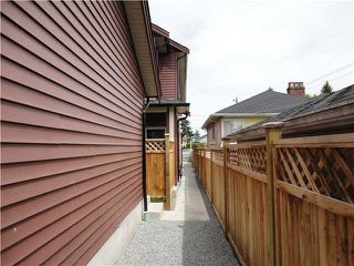 Photo 9: 8455 OAK Street in Vancouver: Marpole House 1/2 Duplex for sale (Vancouver West)  : MLS®# V835242
