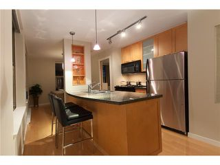 "Photo 3: 2107 989 RICHARDS Street in Vancouver: Downtown VW Condo for sale in ""MONDRIAN"" (Vancouver West)  : MLS®# V846027"