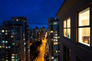 "Photo 17: 2107 989 RICHARDS Street in Vancouver: Downtown VW Condo for sale in ""MONDRIAN"" (Vancouver West)  : MLS®# V846027"