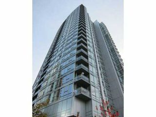 "Main Photo: 801 668 CITADEL PARADE in Vancouver: Downtown VW Condo for sale in ""CONCORD PACIFIC'S SPECTRUM 2"" (Vancouver West)  : MLS®# V858395"