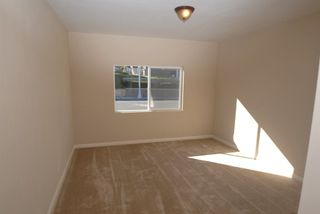 Photo 12: SAN DIEGO House for sale : 3 bedrooms : 4549 MATARO