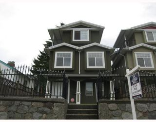Photo 1: 1956 NANAIMO Street in Vancouver: Renfrew VE House for sale (Vancouver East)  : MLS®# V728884