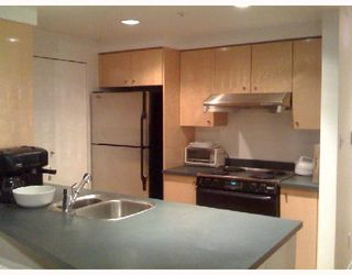 "Photo 4: 1202 1008 CAMBIE Street in Vancouver: Downtown VW Condo for sale in ""THE WATERWORKS"" (Vancouver West)  : MLS®# V737264"