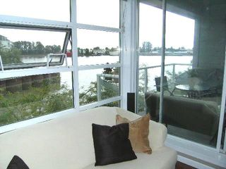 "Photo 2: 310 1990 E KENT Avenue in Vancouver: Fraserview VE Condo for sale in ""Harbour House"" (Vancouver East)  : MLS®# V775998"