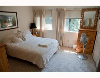 "Photo 4: 1 2990 MARINER Way in Coquitlam: Ranch Park Townhouse for sale in ""MARINER MEWS"" : MLS®# V777638"