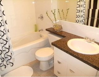 """Photo 8: 2302 501 PACIFIC Street in Vancouver: Downtown VW Condo for sale in """"The 501"""" (Vancouver West)  : MLS®# V779257"""