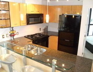 """Photo 3: 2302 501 PACIFIC Street in Vancouver: Downtown VW Condo for sale in """"The 501"""" (Vancouver West)  : MLS®# V779257"""