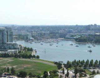"""Photo 1: 2302 501 PACIFIC Street in Vancouver: Downtown VW Condo for sale in """"The 501"""" (Vancouver West)  : MLS®# V779257"""