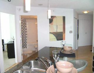 """Photo 7: 2302 501 PACIFIC Street in Vancouver: Downtown VW Condo for sale in """"The 501"""" (Vancouver West)  : MLS®# V779257"""