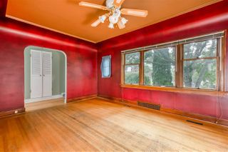 Photo 5: 712 EIGHTEENTH Street in New Westminster: West End NW House for sale : MLS®# R2388459