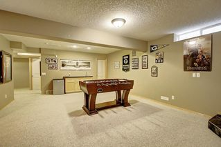 Photo 36: 91 ROCKBLUFF Close NW in Calgary: Rocky Ridge Detached for sale : MLS®# C4267762