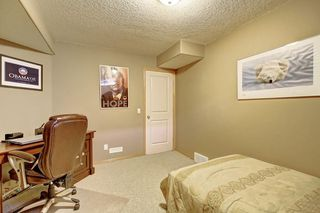 Photo 42: 91 ROCKBLUFF Close NW in Calgary: Rocky Ridge Detached for sale : MLS®# C4267762