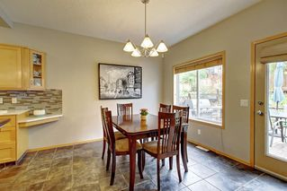 Photo 10: 91 ROCKBLUFF Close NW in Calgary: Rocky Ridge Detached for sale : MLS®# C4267762