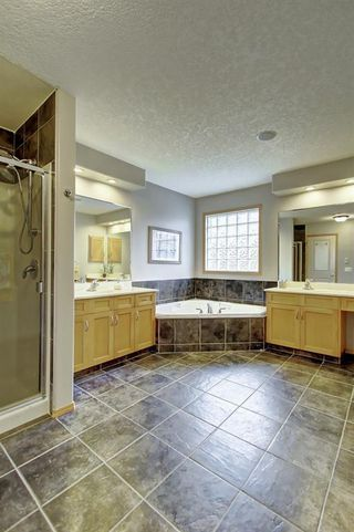 Photo 27: 91 ROCKBLUFF Close NW in Calgary: Rocky Ridge Detached for sale : MLS®# C4267762