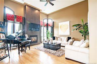 Photo 2: 196 Vincent Close in Red Deer: RR Vanier Woods Residential for sale : MLS®# CA0179658