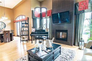 Photo 3: 196 Vincent Close in Red Deer: RR Vanier Woods Residential for sale : MLS®# CA0179658