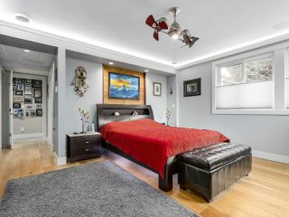 Photo 13: 1166 KEIL Crescent: White Rock House for sale (South Surrey White Rock)  : MLS®# R2423604
