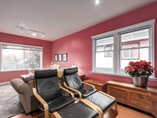 Photo 7: 438 E 11TH Street in North Vancouver: Central Lonsdale House for sale : MLS®# R2427972