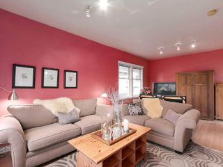 Photo 5: 438 E 11TH Street in North Vancouver: Central Lonsdale House for sale : MLS®# R2427972