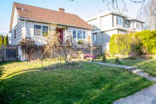 Photo 2: 3987 UNION Street in Burnaby: Willingdon Heights House for sale (Burnaby North)  : MLS®# R2447375