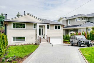 Photo 1: 947 INGLEWOOD Avenue in West Vancouver: Sentinel Hill House for sale : MLS®# R2471221