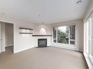 Photo 3: 308 2628 YEW Street in Vancouver: Kitsilano Condo for sale (Vancouver West)  : MLS®# R2473247