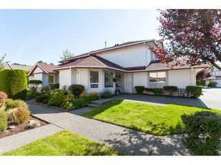 "Photo 1: 3 31406 UPPER MACLURE Road in Abbotsford: Abbotsford West Townhouse for sale in ""ELLWOOD ESTATES"" : MLS®# R2475870"
