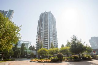 """Photo 2: 1601 7328 ARCOLA Street in Burnaby: Highgate Condo for sale in """"Esprit South"""" (Burnaby South)  : MLS®# R2499181"""