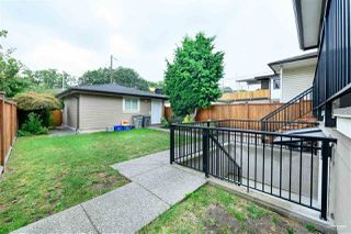 Photo 3: 379 N RENFREW Street in Vancouver: Hastings Sunrise House for sale (Vancouver East)  : MLS®# R2500972