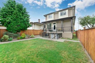 Photo 2: 379 N RENFREW Street in Vancouver: Hastings Sunrise House for sale (Vancouver East)  : MLS®# R2500972