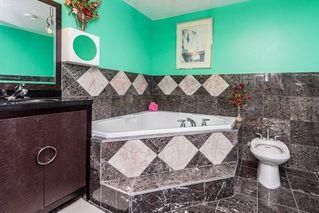 Photo 37: 1815 90A Street in Edmonton: Zone 53 House for sale : MLS®# E4216111