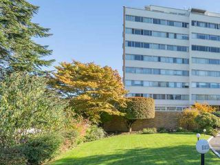 """Photo 7: 203 5926 TISDALL Street in Vancouver: Oakridge VW Condo for sale in """"OAKMONT PLAZA"""" (Vancouver West)  : MLS®# R2514283"""