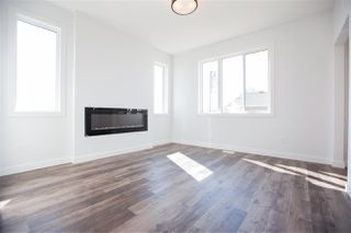 Photo 3: 8506 96 Avenue: Morinville Attached Home for sale : MLS®# E4210850