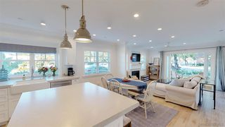 Photo 7: CORONADO VILLAGE House for sale : 4 bedrooms : 1124 8Th St in Coronado