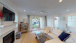 Photo 6: CORONADO VILLAGE House for sale : 4 bedrooms : 1124 8Th St in Coronado
