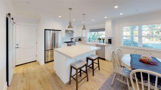 Photo 11: CORONADO VILLAGE House for sale : 4 bedrooms : 1124 8Th St in Coronado
