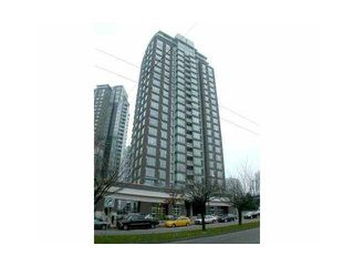 "Photo 2: 1902 550 PACIFIC Street in Vancouver: False Creek North Condo for sale in ""Aqua At The Park"" (Vancouver West)  : MLS®# V837336"