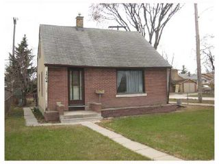 Photo 1: 1504 LOGAN Avenue in WINNIPEG: Brooklands / Weston Residential for sale (West Winnipeg)  : MLS®# 2808096