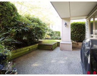 "Photo 8: 118 22015 48TH Avenue in Langley: Murrayville Condo for sale in ""COUNTRYSIDE ESTATES"" : MLS®# F2830389"