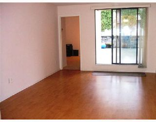 """Photo 2: 106 975 E BROADWAY BB in Vancouver: Mount Pleasant VE Condo for sale in """"SPARWOOD"""" (Vancouver East)  : MLS®# V743203"""