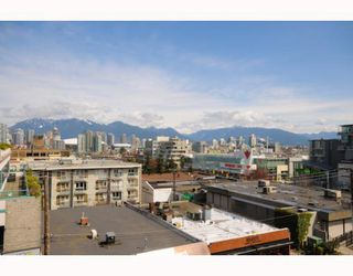 "Photo 10: 204 522 W 8TH Avenue in Vancouver: Fairview VW Townhouse for sale in ""CROSSROADS"" (Vancouver West)  : MLS®# V762228"