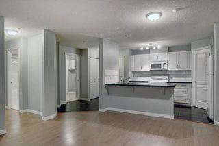 Photo 10: 205 40 PARKRIDGE View SE in Calgary: Parkland Apartment for sale : MLS®# C4259028