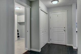 Photo 4: 205 40 PARKRIDGE View SE in Calgary: Parkland Apartment for sale : MLS®# C4259028