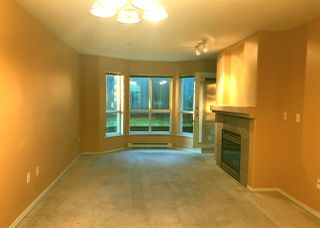 "Photo 6: 118 9979 140 Street in Surrey: Whalley Condo for sale in ""SHERWOOD GREEN"" (North Surrey)  : MLS®# R2396457"