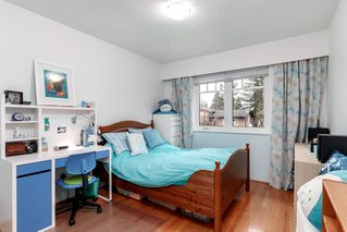Photo 12: 521 YALE Road in Port Moody: College Park PM House for sale : MLS®# R2418009