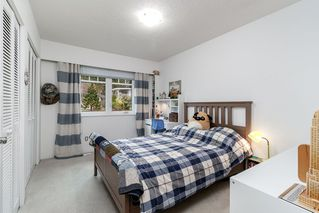 Photo 10: 521 YALE Road in Port Moody: College Park PM House for sale : MLS®# R2418009